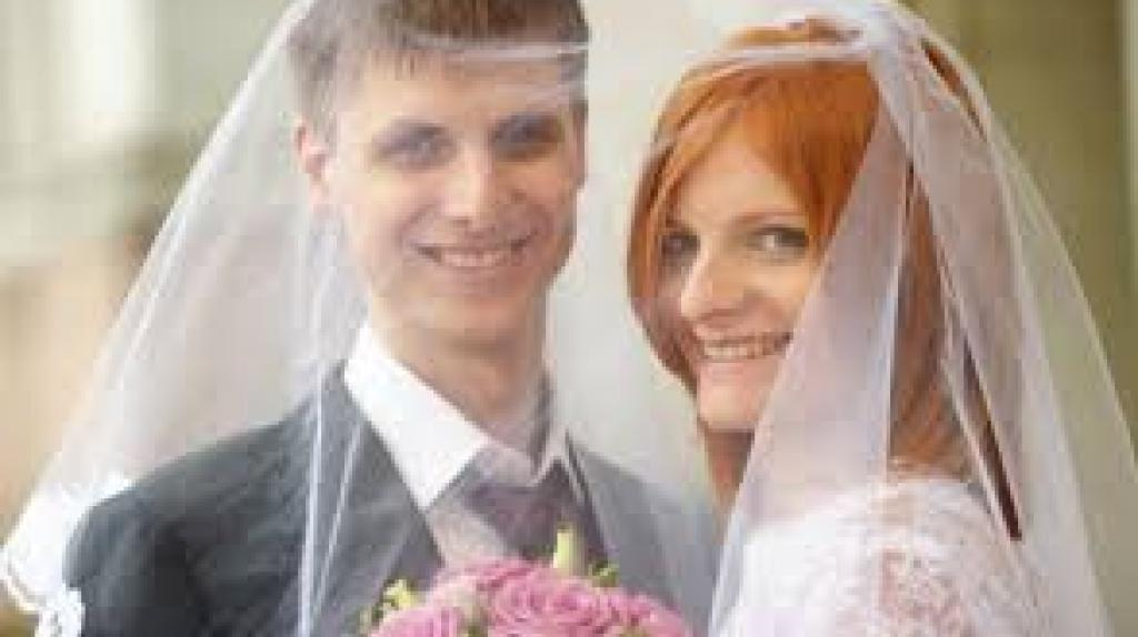 اخذ اقامت روسیه از طریق ازدواج